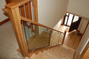 Glass and Stainless Steel Staircase Dunfermline