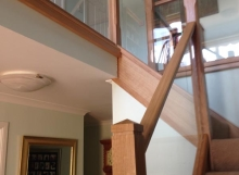 Timber-and-Glass-Staircase-w-landing