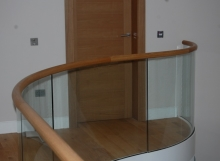 Horizontal curved rail - luxury house Gleneagles