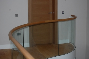Horizontal curved rail - luxury house Gleneagles_